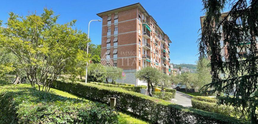 Montepertico – trilocale con balcone, posto auto condominiale