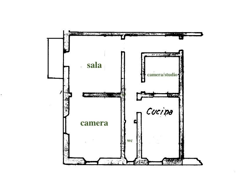 Centro città – 3.5 vani al piano quarto ed ultimo, balcone